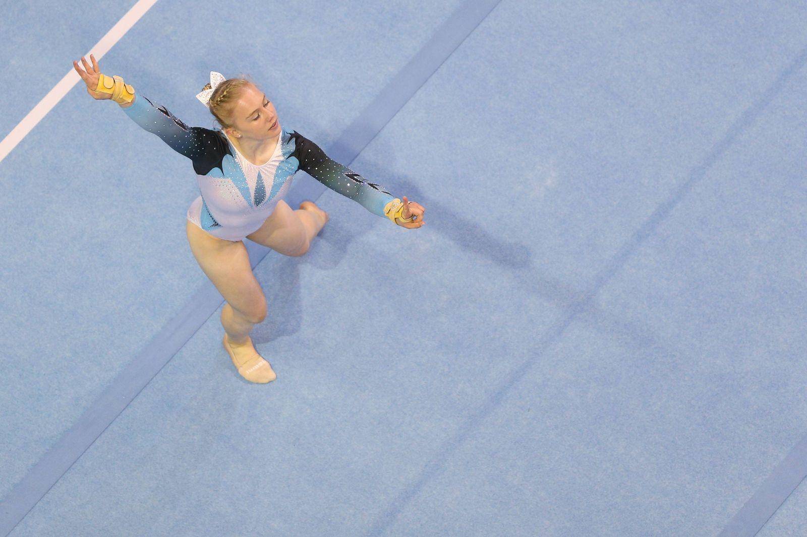 Leonie Papke Jetzendorf during all around final at 2019 National Championships in Berlin 03 08 20