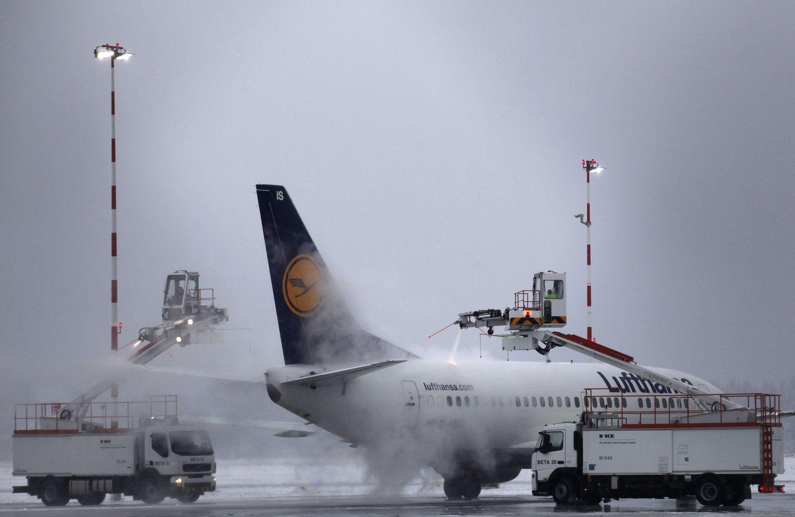 NICHT VERWENDEN Frankfurt / Enteisung / Lufthansa