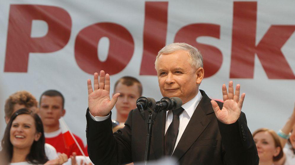 Photo Gallery: Jaroslaw Kaczynski's Dwindling Fortunes