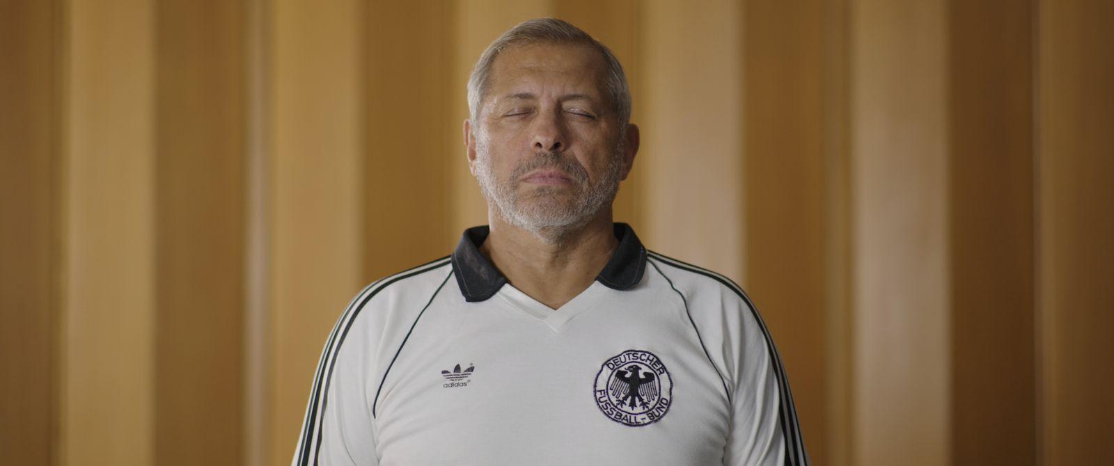 Film/ Schwarze Adler