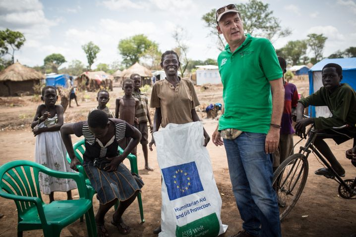 Peter Jander at the Bidi Bidi refugee camp. He was able to arrange for the delivery of 50,000 liters of water in a single day when the camp's water supply collapsed last August.