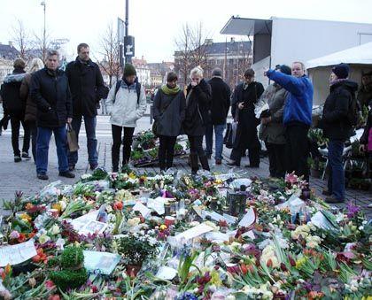 """""""Leute, die Messer tragen, sind Idioten"""": Trauer nach dem Mord an Anton Njie Hansen"""
