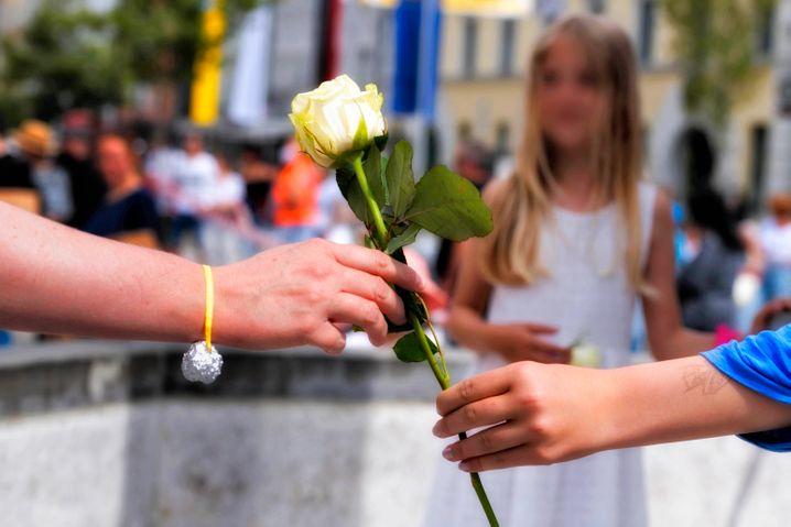 Weiße rose widerstandsgruppe symbol bedeutung