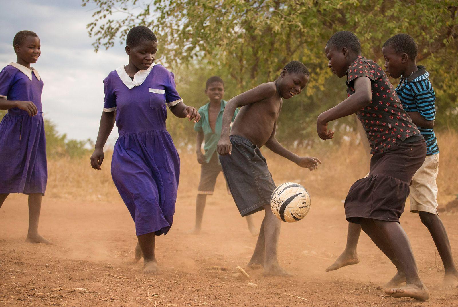 EINMALIGE VERWENDUNG Malawi/ Kinder