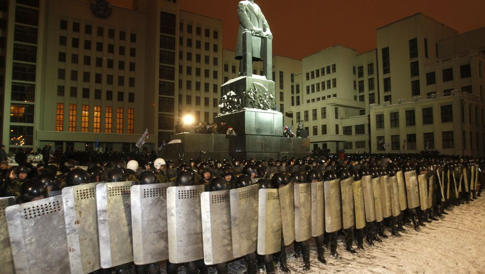 Photo Gallery: Disputed Elections in Belarus