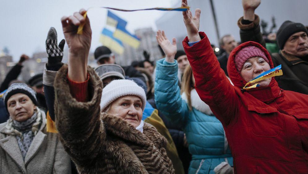 Ukraine nach der Revolution: Imitierte Demokratie
