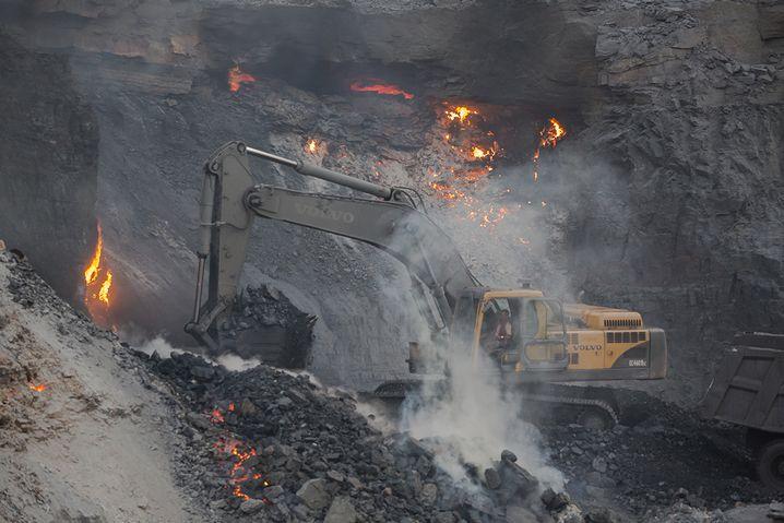 Feuer in Jharia: Der tägliche Kampf mit den Flammen