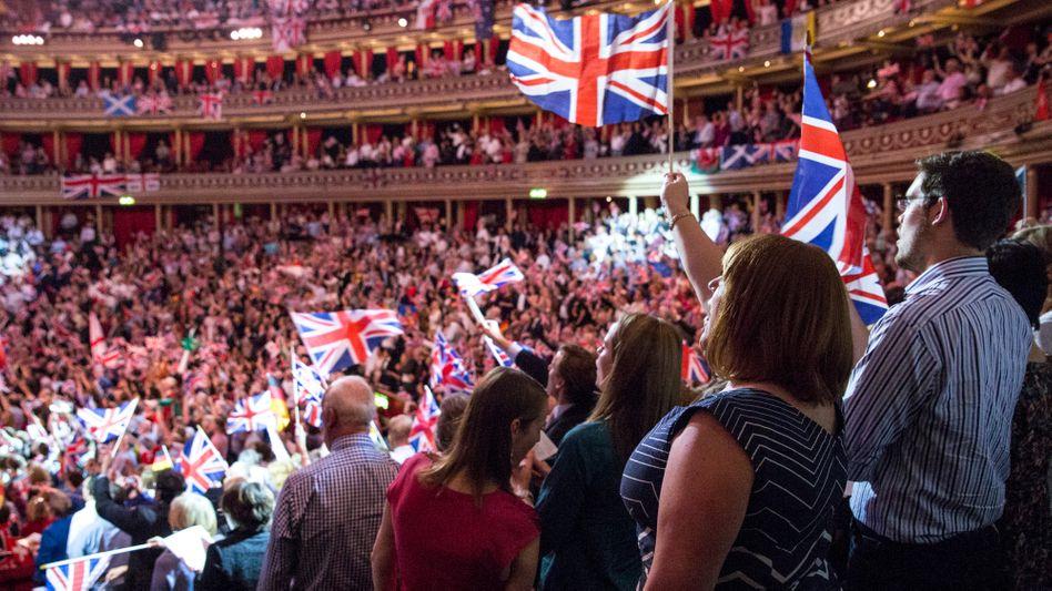 """Bei den """"Last Night of the Proms""""-Konzerten gehört in Großbritannien das Absingen patriotischer Lieder zur Tradition"""