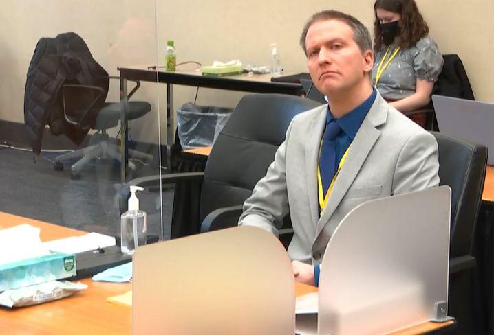 Angeklagter Derek Chauvin im Gerichtssaal in Minneapolis