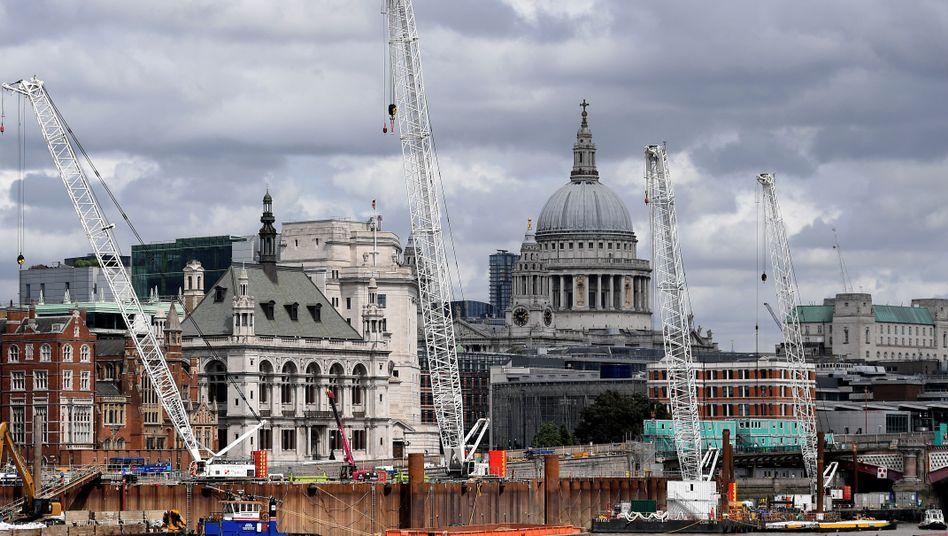 London vor der Wahl: Das Land hangelt sich am Rand einer Rezession entlang