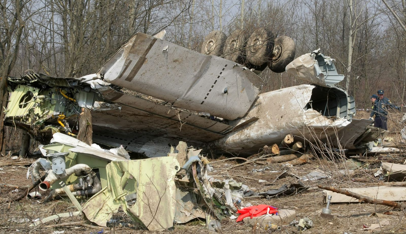 Polen zu Kaczynski-Absturz: Fluglotsen abgelenkt