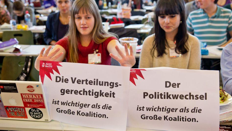 Juso-Delegierte beim Bundeskongress der Jusos, Dezember 2013, Nürnberg