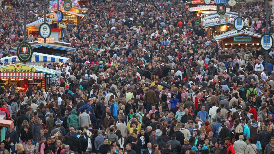 Menschenmenge (Oktoberfest in München, September 2012): Überall Verwandte