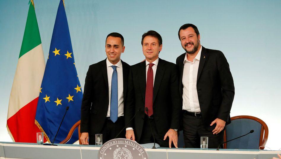 Luigi Di Maio, Giuseppe Conte und Matteo Salvini (v.l.)