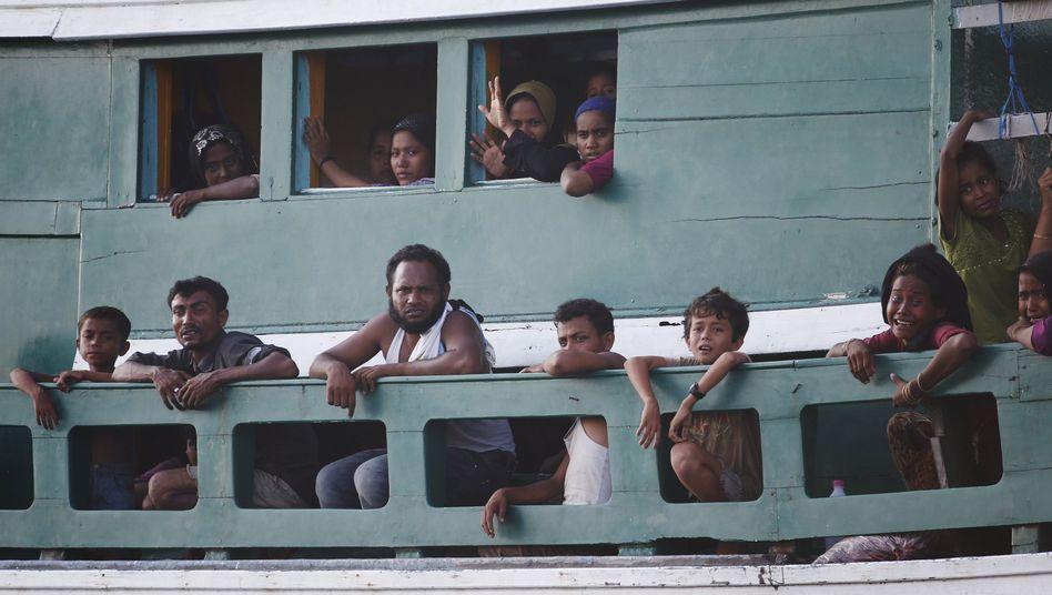 "Flüchtlinge nahe der Insel Koh Lipe: ""Menschliches Pingpong"""