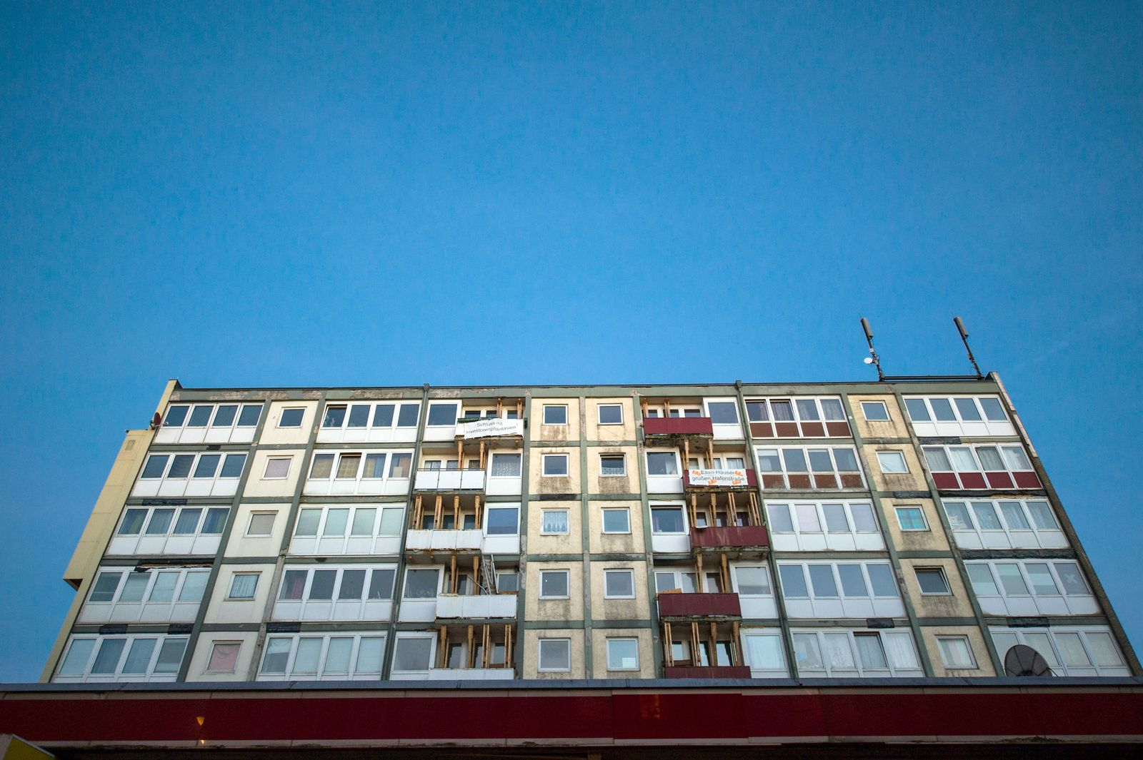 """""""Esso-Häuser"""" wegen Einsturzgefahr geräumt"""