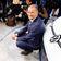 """Herbert Diess sieht Volkswagen nur """"ein Gramm oder so"""" vor CO2-Ziel"""