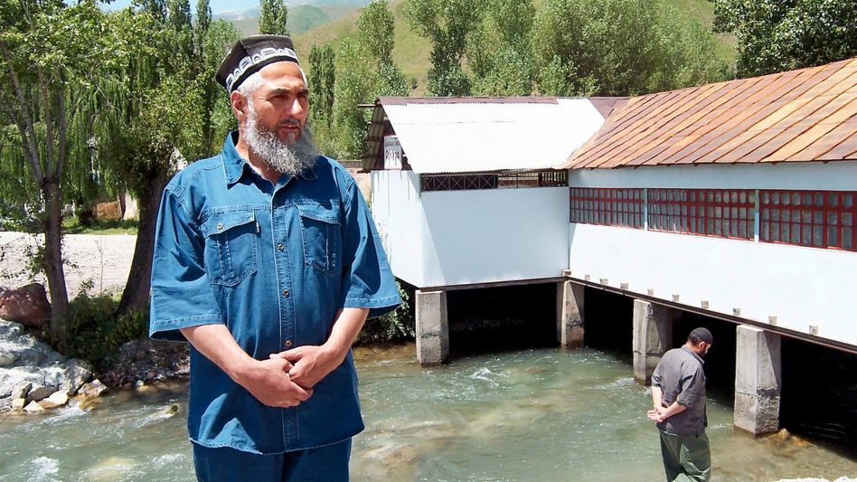 Mirzokhuja Ahmadov in Belgi: A growing mood of protest in Tajikistan is benefitting the Islamic opposition.
