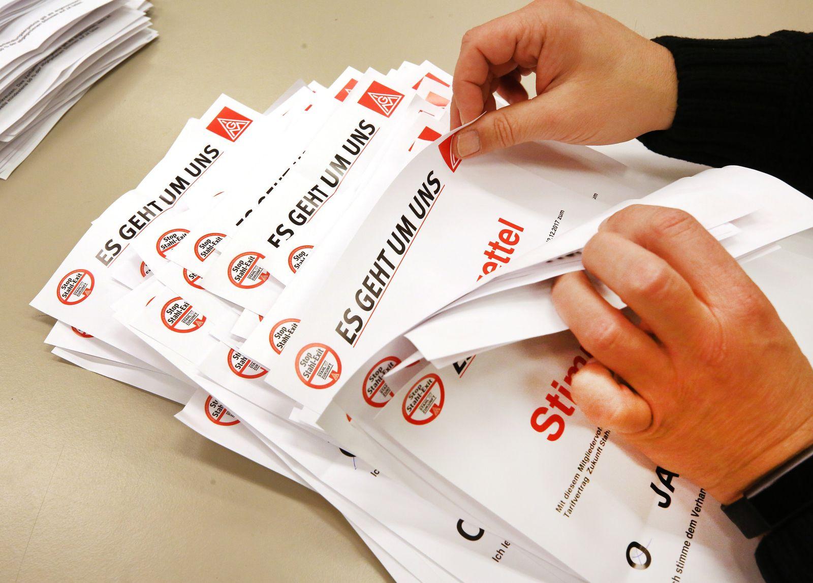 Auszählung der Stimmzettel bei ThyssenKrupp
