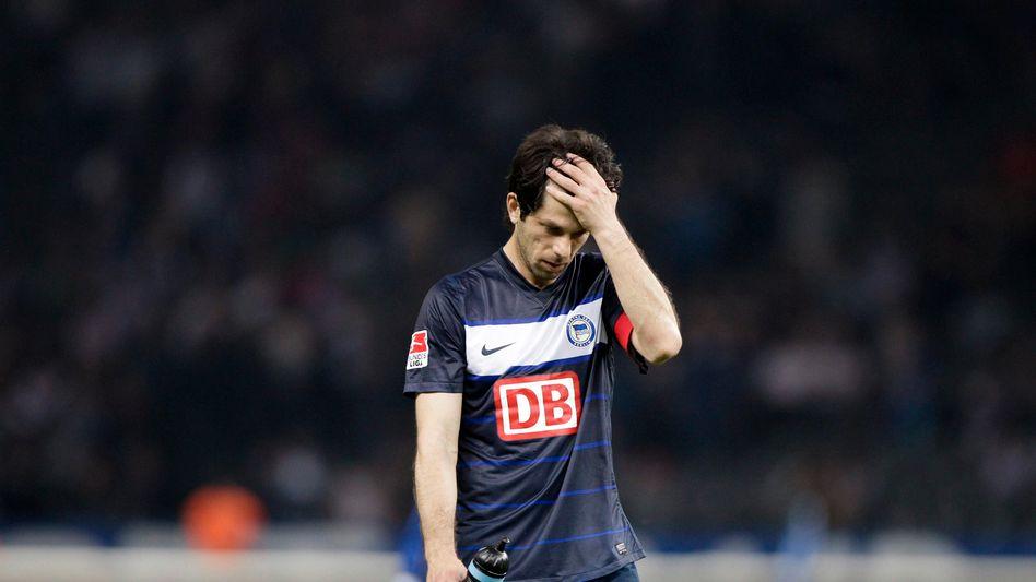 Hertha-Kapitän Kobiaschwili: Strafe für Schiedsrichter-Attacke