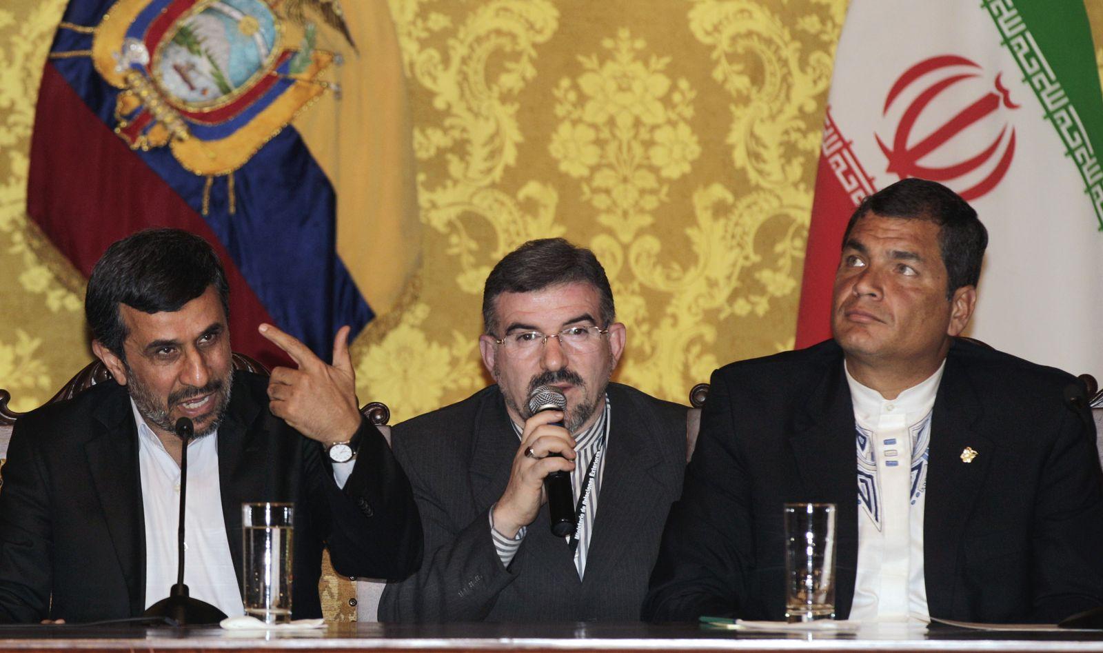 Ahmadinejad/ Correa