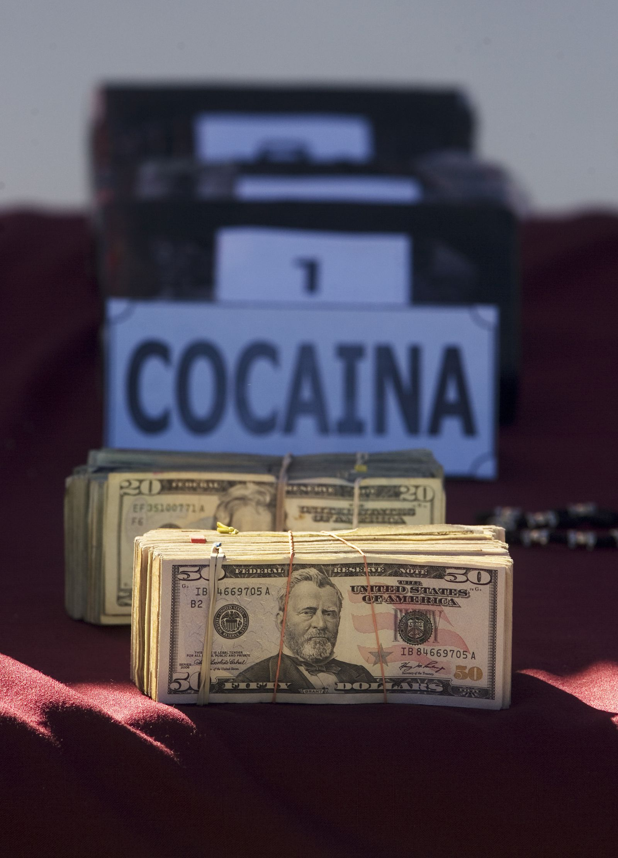 Dollarscheine / Kokain