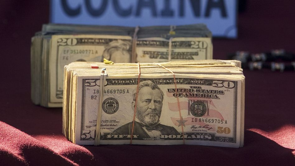 Dollarscheine in Bündeln: Tütenweise zur Bank geschafft, mit dem Duft von Trocknertüchern