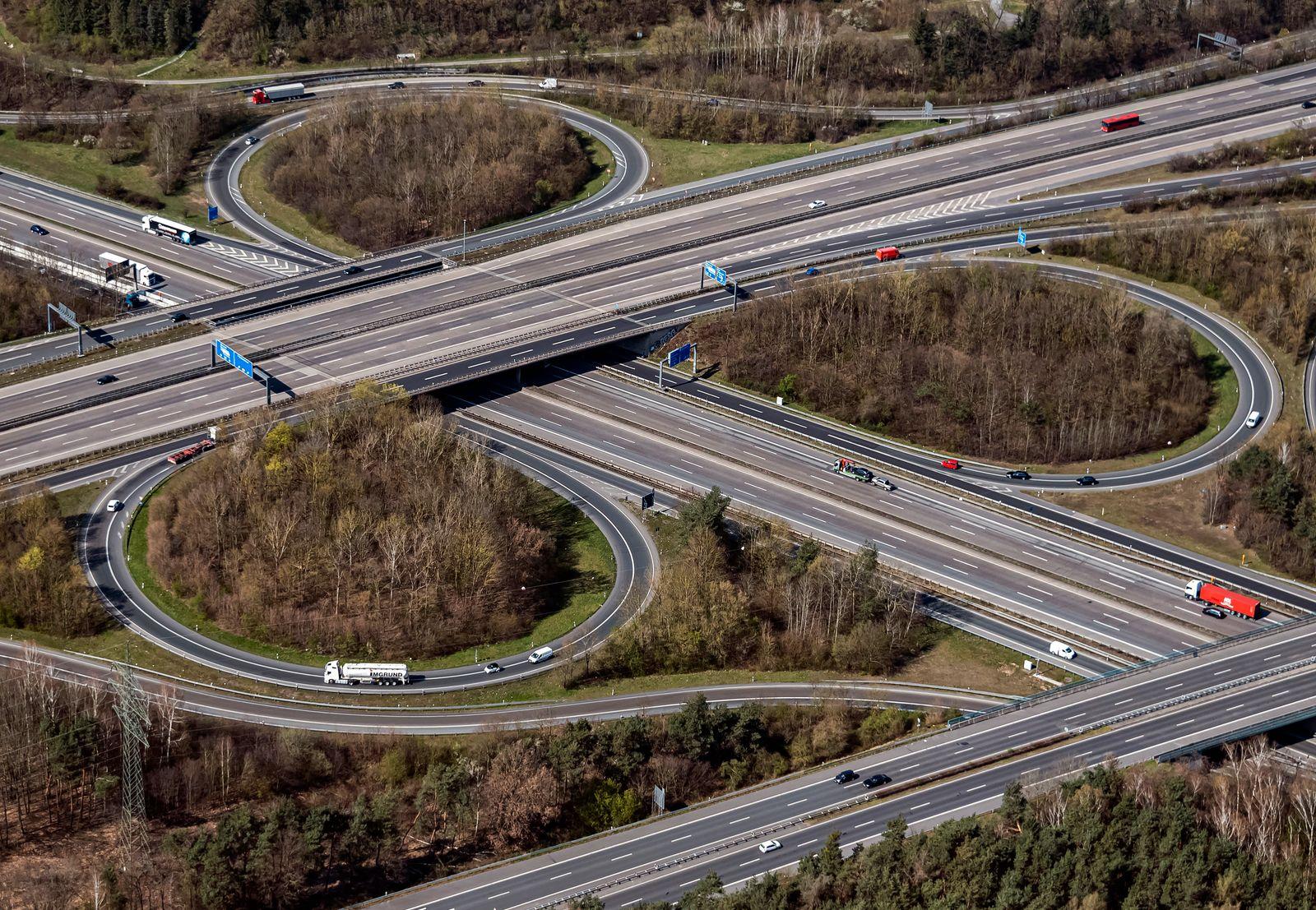 Luftbild Autobahn bei Frankfurt am Main