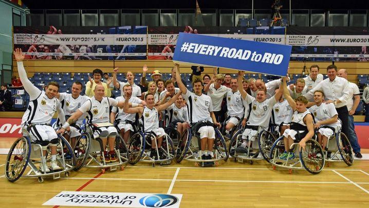 Rollstuhlbasketball: Medaillen als Entwicklungshilfe