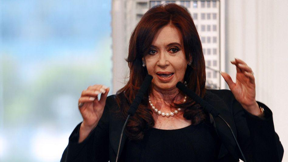 """Argentiniens Präsidentin Kirchner: Spanien kündigt """"passende Antwort"""" an"""