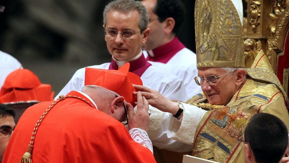 Katholische Kirche: Schwulenfeindlichkeit und Rechsruck