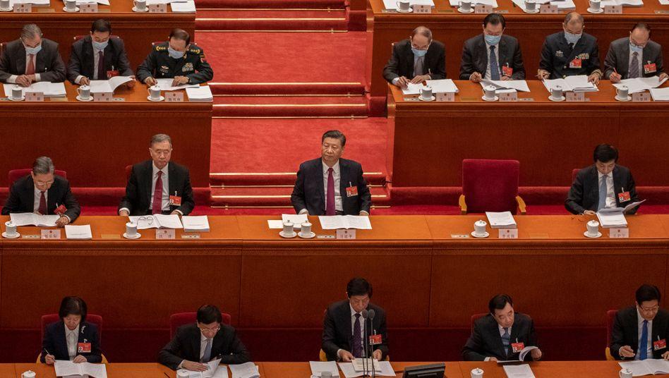 Xi Jinping bei einer Sitzung des nationalen Volkskongresses am 5. März 2021