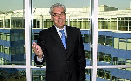 Schmidt: Der Bankchef geht, der Finanzminister bleibt