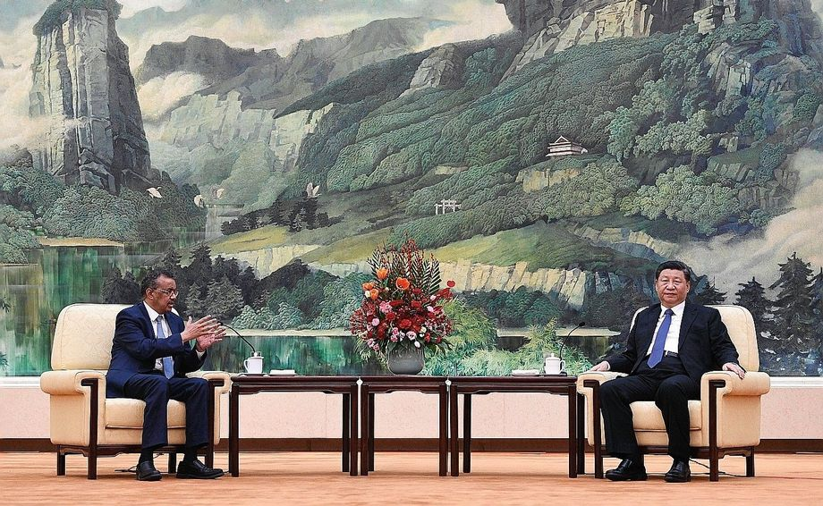 WHO head Adhanom Ghebreyesus and Chinese President Xi during a meeting in Beijing: It may sound counterintuitive, but the crisis actually provides a useful opportunity for the Chinese government.