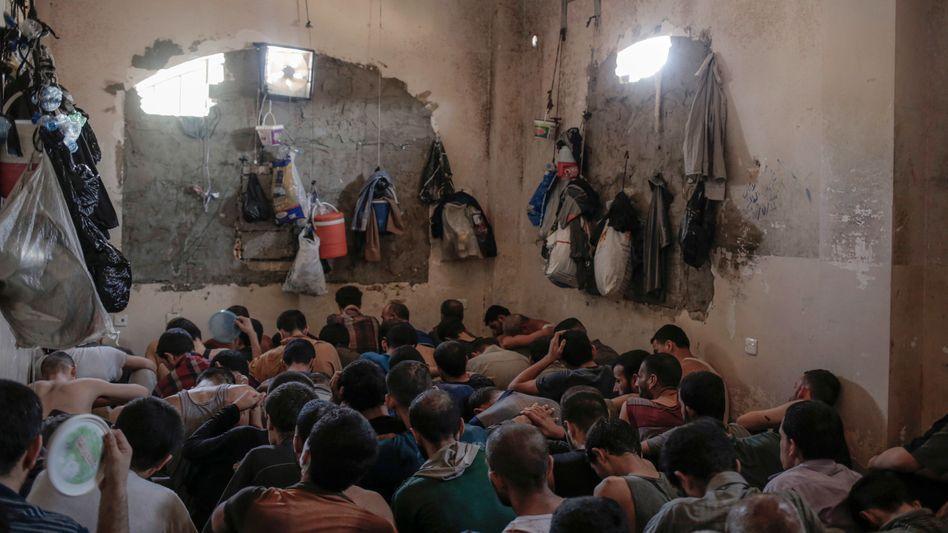 Provisorisches Gefängnis im Irak (Archivbild)