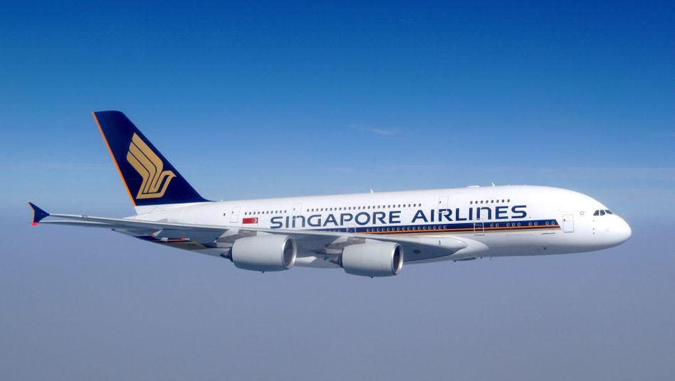 Internet im Flieger von Singapore Airlines: Ein Passagier zahlte dafür 950 Euro.