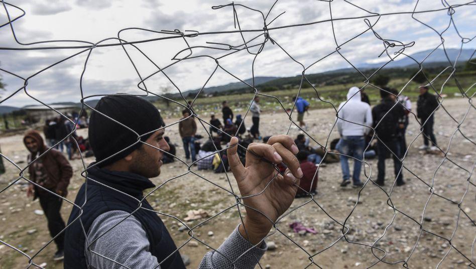 """Flüchtlinge an der griechisch-mazedonischen Grenze: """"Wir sind verpflichtet, Menschen zu helfen, die weniger glückliche Lebensumstände haben"""""""