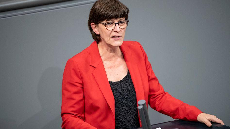 SPD-Chefin Esken: Brüchiger Frieden in der Partei