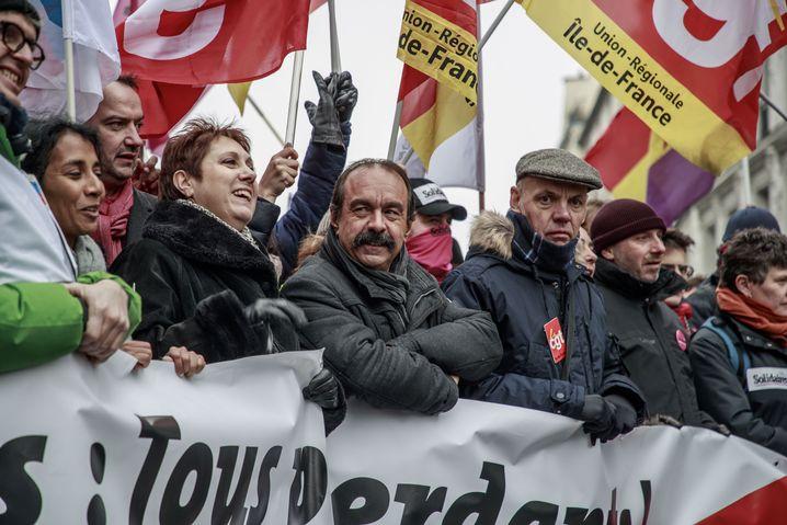 CGT-Chef Martinez (M.) bei Demonstration: Macrons Gegenspieler