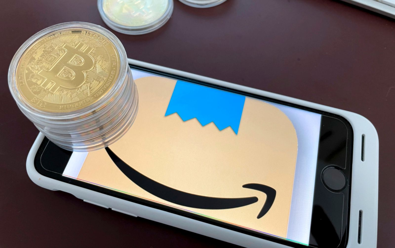Amazon set to accept Bitcoin and develop Crypto strategy
