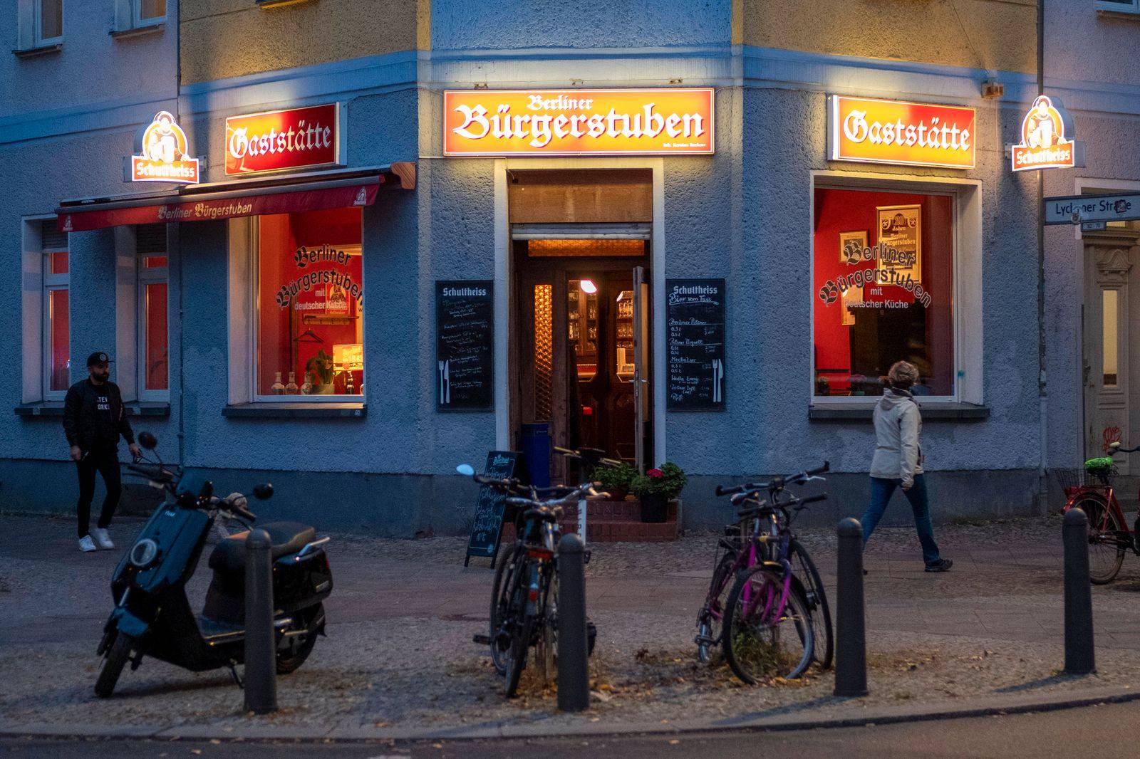 Bürgerstuben in Berlin-Prenzlauer Berg. Ab dem 09.10.2020 gilt zur Eindämmung der Cotona-Pandemie eine Sperstunde (ab 2