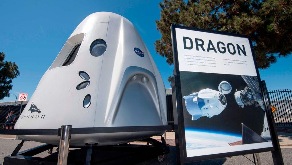 """Raumschiff """"Dragon"""" des US-Unternehmens SpaceX (Archivbild): """"Wir haben ein ziemlich gutes Netzwerk von vermögenden Personen"""""""