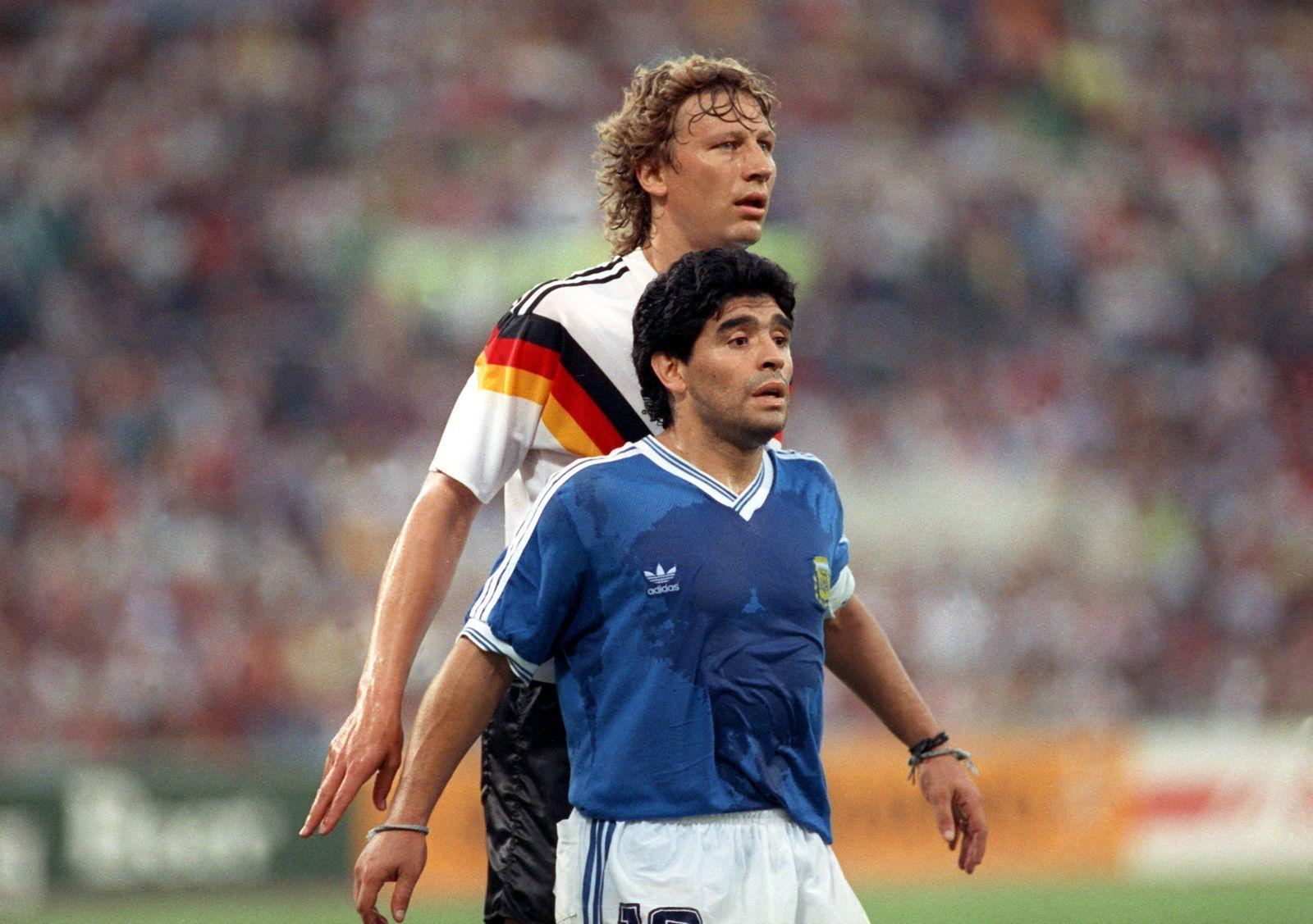 Diego Maradona und Guido Buchwald