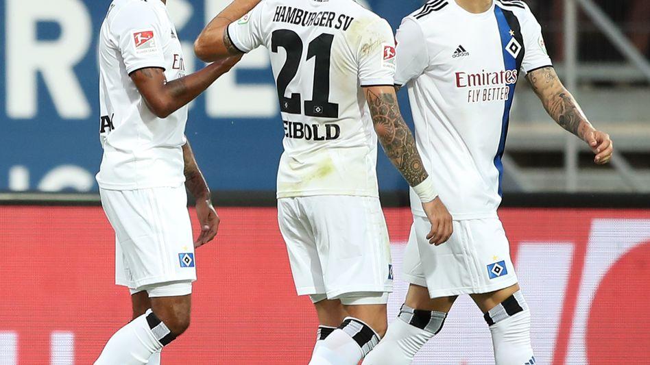Jeremy Dudziak (links) kam vor der Saison vom Hamburger Stadtrivalen St. Pauli zum HSV