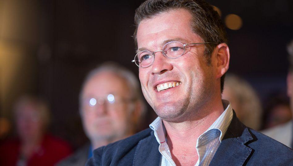 Karl-Theodor zu Guttenberg (im Juni in Berlin): Offene Tür bei Seehofer