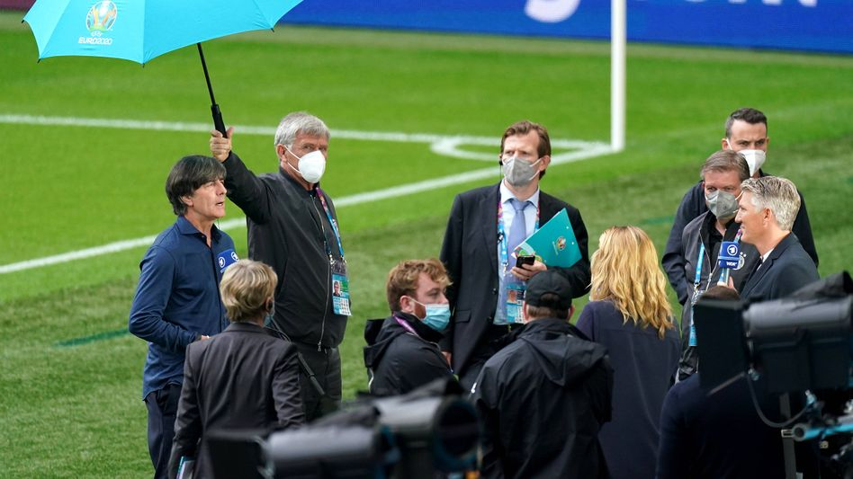Joachim Löw nach dem EM-Achtelfinale bei einem seiner letzten Interviews als Bundestrainer