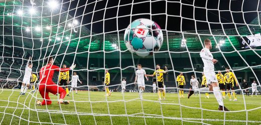 Borussia Dortmund verliert bei Borussia Mönchengladbach: Standard