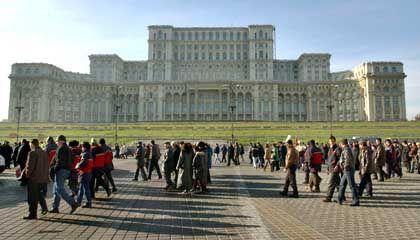 Palast des Parlaments in Bukarest: Fünf Worte für Bestechungsgeld