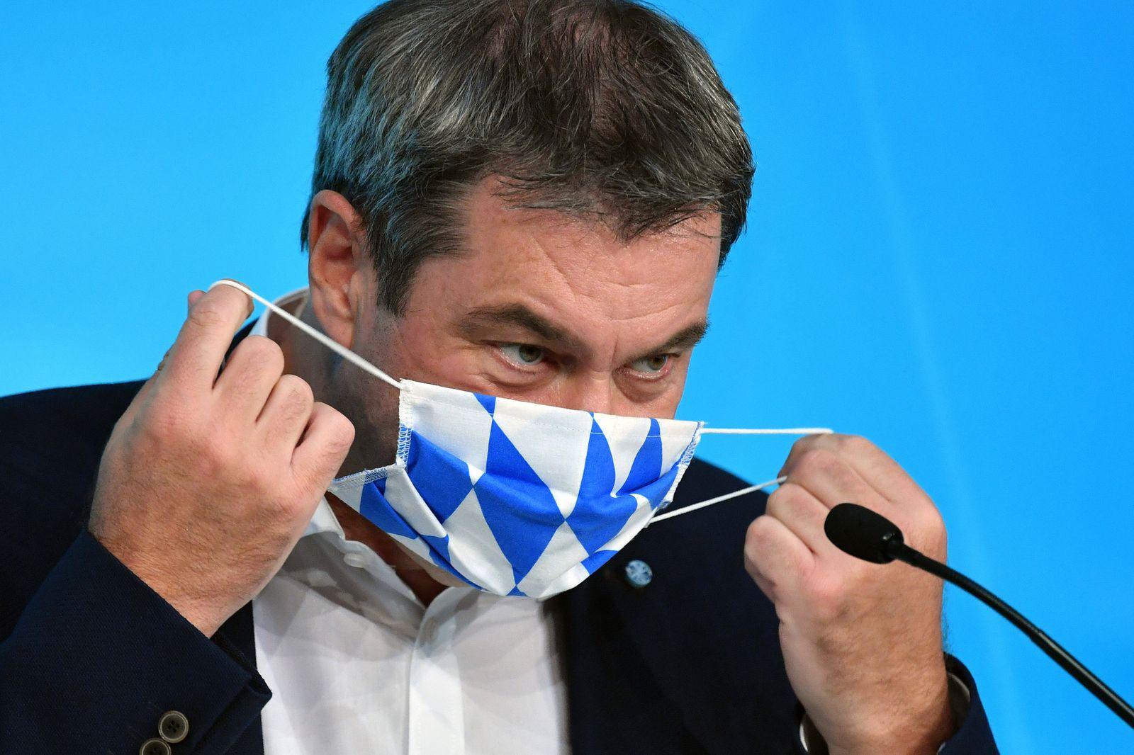 Markus SOEDER (Ministerpraesident Bayern und CSU Vorsitzender) mit Mundschutz,Maske. Einzelbild,angeschnittenes Einzelmo