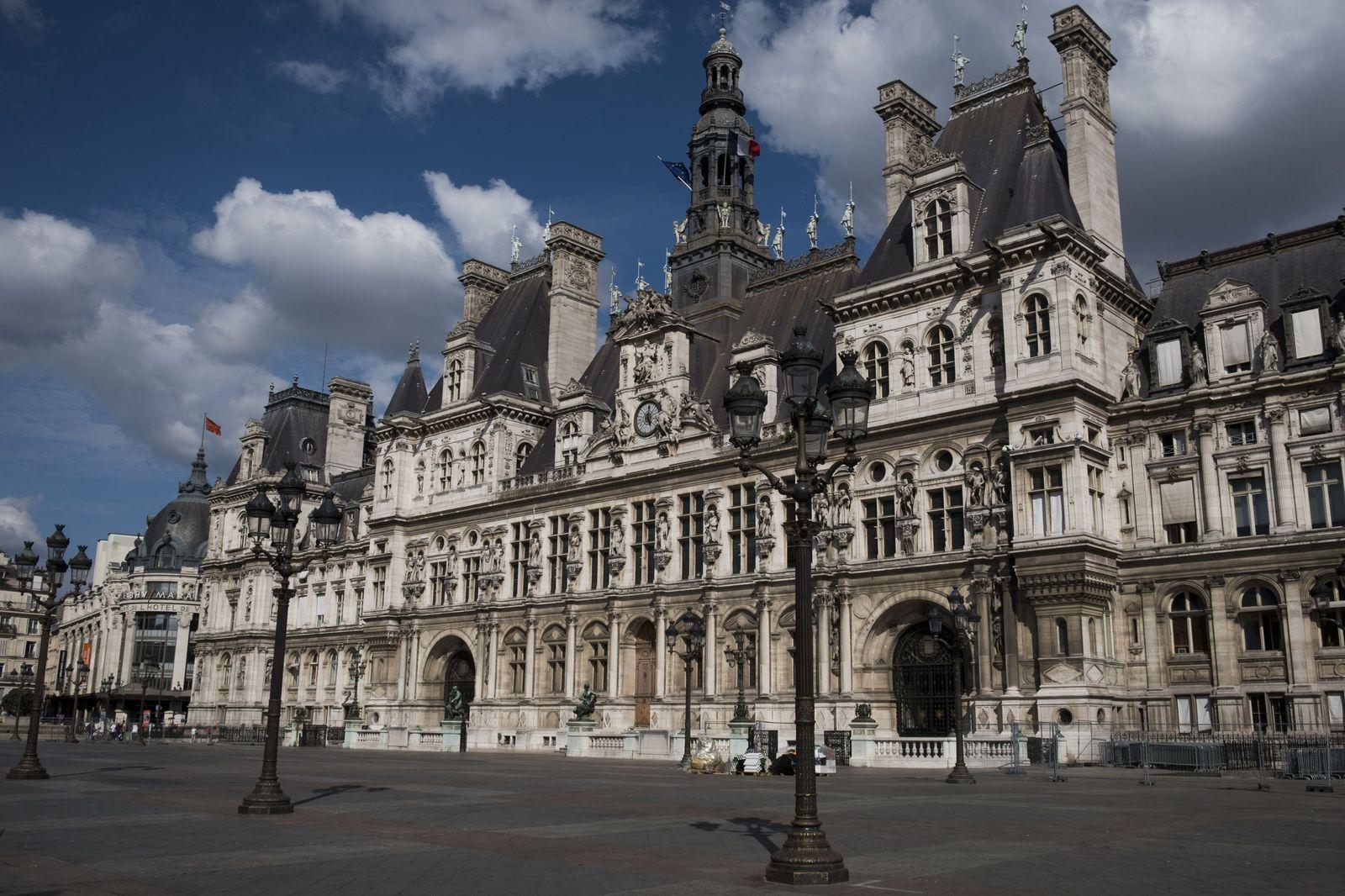 Hotel de Ville/ Rathaus/ Paris